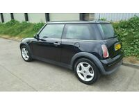 MINI ONE 2003 NEW 1 YR MOT NEW CLUTCH CLEAN MINI INSIDE AND OUT DRIVES GREAT BARGAIN £1195