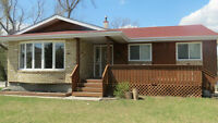 Amazing 5 BR Home under $300K in Niverville!