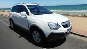 2010 Holden Captiva CG MY10 5 White 5 Speed Manual Wagon Somerton Park Holdfast Bay Preview