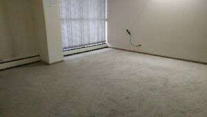 Move in Bonus -1BedRoom-Downtown - Avaiable Now