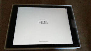 LNIB APPLE IPad Pro 32 GB Space Gray with 10 months warranty