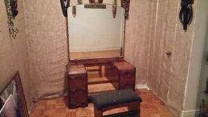 coiffeuse maquilleuse meuble antique