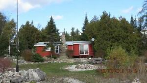 1 Acer Lake Front Cottage Tobermory