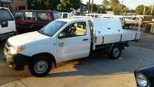 2005 Toyota Hilux GGN15R SR White 5 SPEED Manual Cab Chassis Deagon Brisbane North East Preview