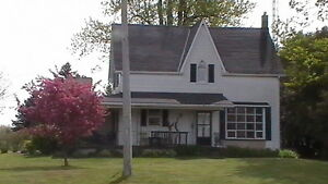 Country Home - one acre - 4-bedroom