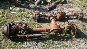 2008 FORD F350 4X4 FRONT AND REAR AXLES. 4:10 GEARS