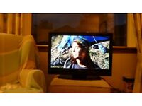 Bush Freeview+HD TV 32 inch for sale. Excellent working order.