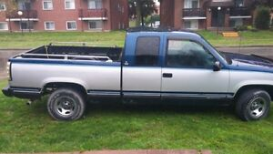 $1200 FIRM RUNS DRIVES GREAT!! 1995 SILVERADO