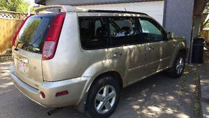 2005 Nissan X-trail SE SUV, Crossover