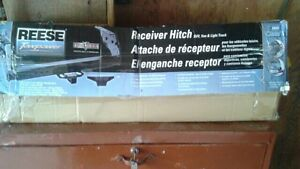 Hitch universel ajustable 60$ deal