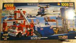 Brand New HUGE Emergency Services Building Set Peterborough Peterborough Area image 3