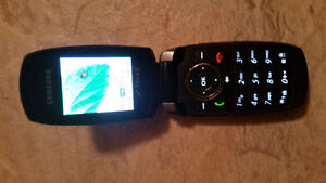 Gently Used Cell Phone London Ontario image 2