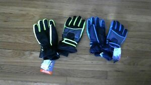 Boys Winter Gloves.New with tags.Water Proof and Breathable[new]