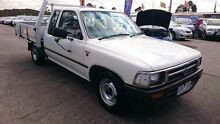 1995 Toyota Hilux RN90R DX White 4 Speed Automatic Extracab Maidstone Maribyrnong Area Preview