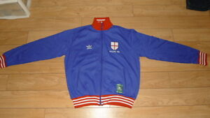 adidas mens Tracksuits sz small mint condition