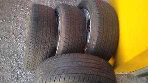 mags et pneus 4 saisons de 15 pouces et pneus d'hiver