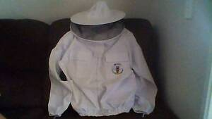 Beekeeping Jacket (quality material, practically new) Morayfield Caboolture Area Preview