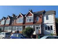 *WATER, WIFI AND COUNCIL TAX INCLUDED* AVAILABLE NOW! Furnished Double Room, near Fiveways