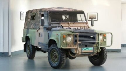 1988 Land Rover One Ten 3.9 (4x4) 5 Speed Manual 4x4 Trayback Artarmon Willoughby Area Preview
