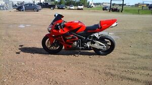 2006 HONDA CBR600RR SPORT BIKE LIKE NEW COND, FINANCING!!