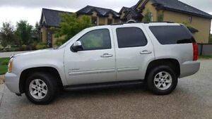 REDUCED! 2010 Gmc Yukon - Remote starter included - 9 seater!