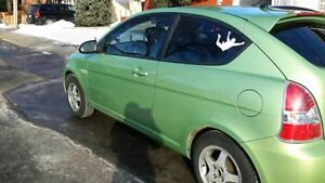 2009 Hyundai Accent Tissus Coupé (2 portes)