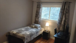 Furnished Room for rent in Whitby next to GO Station Jan 1, 2019