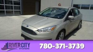 2015 Ford Focus SE Heated Seats,  Back-up Cam,  Bluetooth,  A/C,