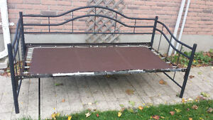 Day Bed Frame (Steel)
