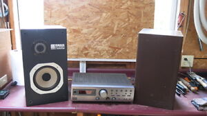 JVC RX317 Receiver/Amp with AudioRock Speakers NS 220 RM