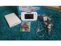 Nintendo Wii U 8gb console with Zelda, in excellent condition