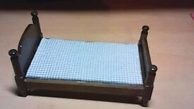 WOODEN DOLLS HOUSE FURNITURE DOUBLE BED-NICELY MADE-VINTAGE