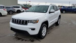 2017 Jeep Grand Cherokee LAREDO 4WD Accident Free,  Back-up Cam,