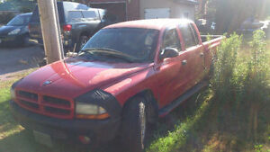 2000 Dodge Dakota Pickup Truck   $1000