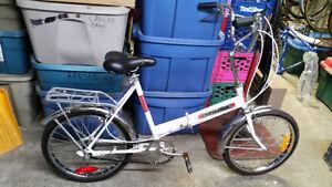 Vélo pliable leader voyageur blanc 3 vitesses roues 20po