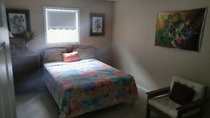 CLEAN WELL KEPT ROOMS AVAILABLE IN WHITBY/OSHAWA AREA
