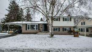 Great 3+1 Bdrm Home Has Bamboo Floors Throughout *PICKERING*