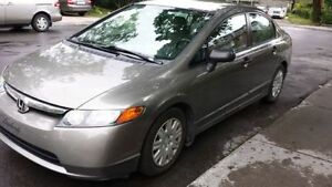 Honda Civic DX 2008 automatique 4 portes - 104,000 km