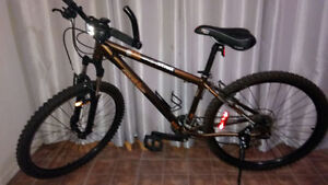 Vélo Opus comme neuf 100$