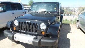2013 Jeep Wrangler Unlimited Sahara - Auto, Hard + Soft Top, Lea