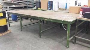 Tables de travail différentes dimensions ,vendu en 5 section de 48 X 66