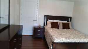 EXECUTIVE Furnished Short/Long term rental (SQ1, Mississauga)