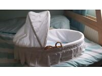 MOSES BASKET & BABY BATH FOR SALE