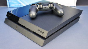 PS4 SLIM 500GB USED IN PREFECT CONDITION LIKE NEW