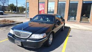 2011 Lincoln Town Car L Sedan EXCELLENT CONDITION