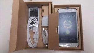 *New* Samsung Galaxy S5 unlocked $290! Wind, Chatr, Fido,Bell