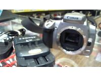 CANON 350D DIGITAL CAMERA WITH BATTERY CHARGER