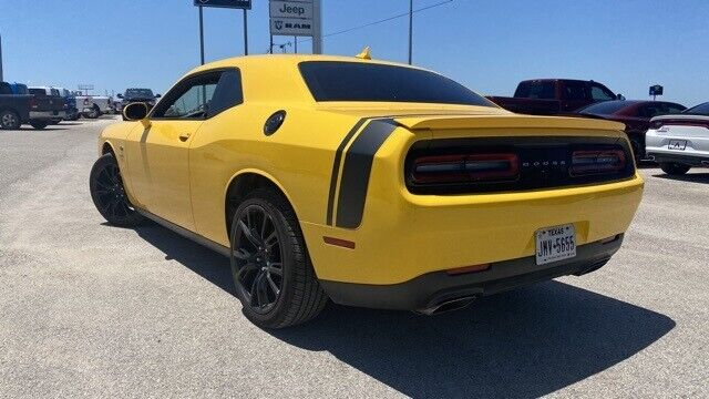 Image 6 Voiture American used Dodge Challenger 2017