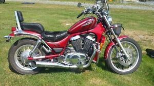 2002 Suzuki Intruder VS800