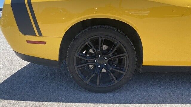 Image 3 Voiture American used Dodge Challenger 2017
